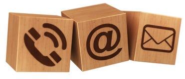 Rendição de madeira do ícone 3D do contato do cubo de Digitas Imagem de Stock