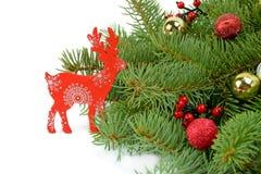 Rendier met de Kerstboom beeld Royalty-vrije Stock Afbeeldingen