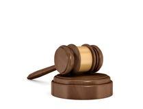 rendu 3d d'un marteau en bois foncé d'isolement de juge se reposant sur un bloc sain Photos libres de droits