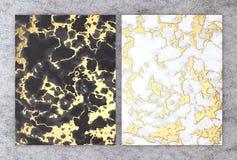 rendu 3D de marbre noir et blanc avec l'aluminium d'or pour la carte l'épousant et de salutation d'invitation ou votre conception illustration stock