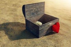 rendu 3d de trésor en bois et de coeur rouge pelucheux Images libres de droits