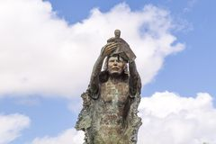 Renesans: symbol siła w Chetumal zabytek tworzył jako uznanie Chetumaleños, po huraganu obrazy stock