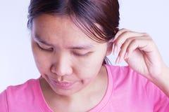 Rengörande öron Arkivfoton
