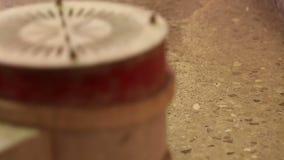 Rengörande golv arkivfilmer