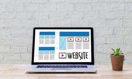 Rengöringsdukdesignorienteringen skissar massmedia WWW för teckningsprogramvara och diagrammet royaltyfri foto