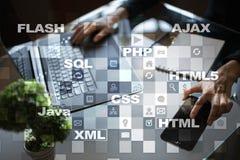 Rengöringsdukutveckling programmering Internet- och teknologibegrepp royaltyfria foton