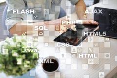 Rengöringsdukutveckling programmering Internet- och teknologibegrepp royaltyfri fotografi