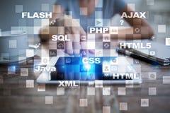 Rengöringsdukutveckling programmering Internet- och teknologibegrepp arkivfoton