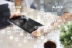 Rengöringsdukutveckling programmering Internet- och teknologibegrepp royaltyfri bild