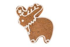 Renna del pan di zenzero di Natale isolata su un fondo bianco Immagine Stock