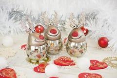 Renna ed ornamenti di natale Fotografia Stock