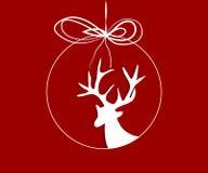 Renne dans une boule de Noël Image stock
