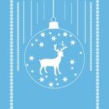 Renne dans une boule de Noël Images libres de droits