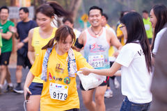 Rennen der Marathonläufer im Jahre 2015 Lizenzfreie Stockfotografie