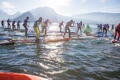 19 01 2019 - Rennen 2019 france See-Annecys GlaGla SCHLÜRFEN Sie Rennläufer teilnehmen am Sportereignis See Annecy in Franch stockbilder