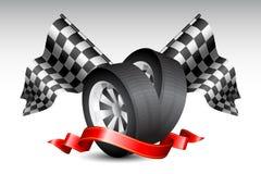 Rennen-Markierungsfahnen mit Reifen Stockfotografie
