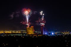 RENO - 4 DE JULHO: Os fogos-de-artifício da pepita mostram como parte do 4o de Imagens de Stock