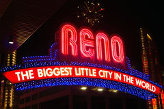 Reno Downtown Biggest Little City in het Wereldteken royalty-vrije stock afbeeldingen