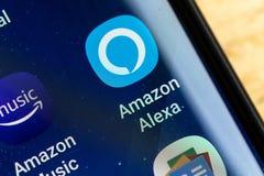 RENO, NV - 16 Januari, 2019: Amazonië Alexa Android App op het Melkwegscherm Amazonië Alexa is Virtuele Hulpai stock foto's