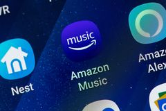 RENO, NV - Styczeń 16, 2019: Amazon Music Android App na galaktyka ekranie Muzyczna Leje się usługa obrazy royalty free