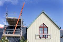 Renovação do telhado Fotos de Stock