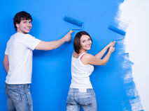 Renovation by happy couple Royalty Free Stock Photos