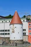 Renoverad historisk byggnad royaltyfria foton