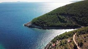 Rent hav för kristall och förbluffafjärd i Kroatien stock video