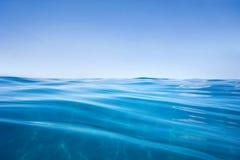 rent vatten för bakgrund Royaltyfria Foton