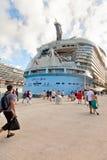 Renvoi de passagers à l'oasis des mers Photographie stock libre de droits