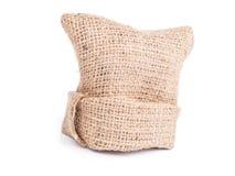 renvoyez le sac de tissu sur le fond blanc, détail naturel de ficelle d'amende Image stock