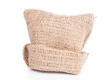 renvoyez le sac de tissu sur le fond blanc, détail naturel de ficelle d'amende Photographie stock libre de droits