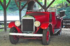REO Speed Wagon Fire Truck på Jacks Daniels spritfabrik royaltyfri foto