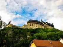 República Checa de Karlstejn - foto hermosa del castillo imágenes de archivo libres de regalías