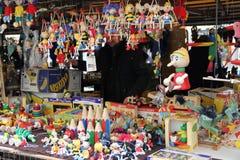 República Checa, Praga, juguetes y recuerdos Imágenes de archivo libres de regalías