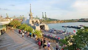 Plataforma do RSS intrépido na casa aberta 2013 da marinha em Singapore fotos de stock