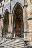 Rep?blica Checa praga St Vitus Cathedral Estilo gótico, siglo XIV Golden Gate adornado con los mosaicos venecianos por Niccoletto fotografía de archivo libre de regalías