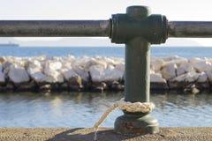 Rep som förtöjer på havet Royaltyfri Fotografi