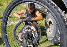 Repair  bicycle wheel Royalty Free Stock Photos
