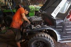 Repairing jeep Stock Photos