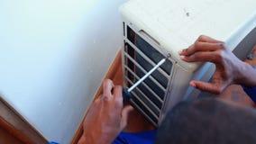 Repairman naprawiania lotniczy uwarunkowywać zdjęcie wideo
