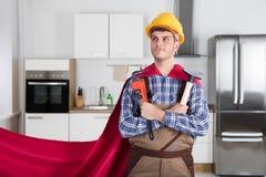 Repairman Trzyma Worktools W przylądku obraz stock