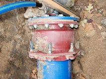 Reparação da interrupção de fonte da água Água da bebida fotografia de stock