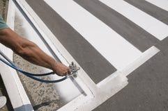 Reparação do Crosswalk foto de stock