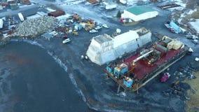 Reparación de la nave en Alaska almacen de metraje de vídeo