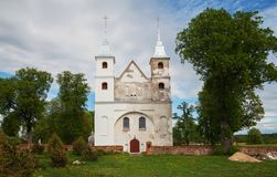 Reparación de la pequeña iglesia fotos de archivo