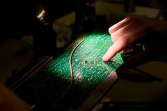 Reparación de la tarjeta de circuito Fotografía de archivo