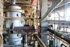 Reparación del equipo de proceso químico de tuberías, de bombas, de los tanques, de los cambiadores de calor, de los rebordes y d foto de archivo