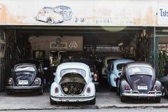 Reparación del garaje de los escarabajos de VW Fotos de archivo libres de regalías