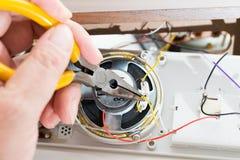 Reparación del radio-reloj Imagen de archivo